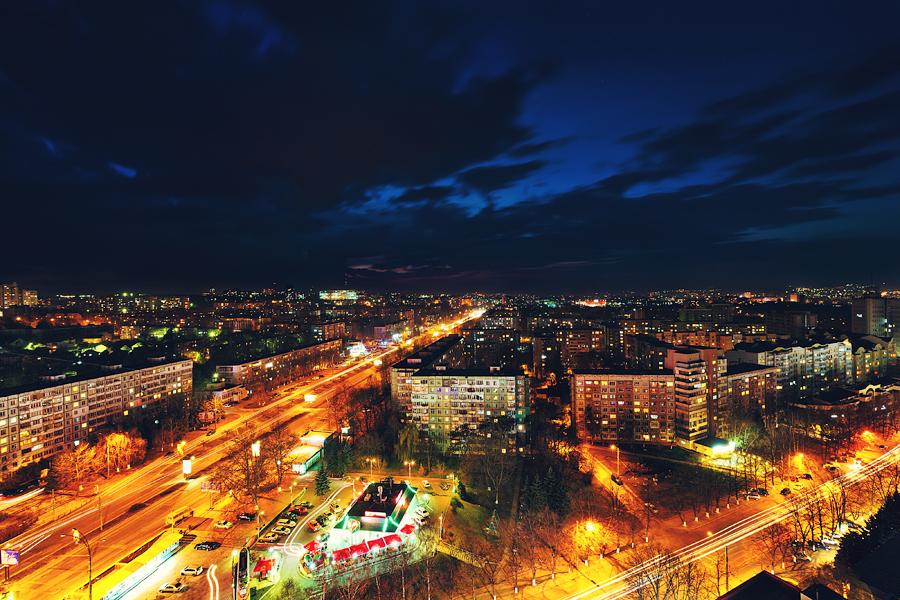 Night Chisinau Botanika