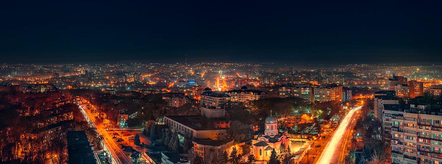 Night Chisinau Riscanovca